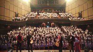 CANIZARES & STUDENTS IN MIYAGI