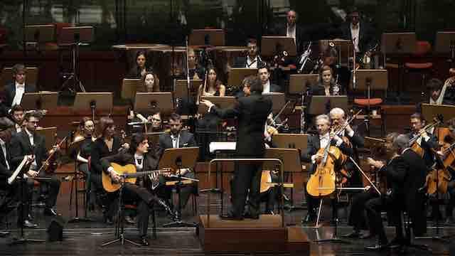 Cañizares interpretando el Concierto de Aranjuez