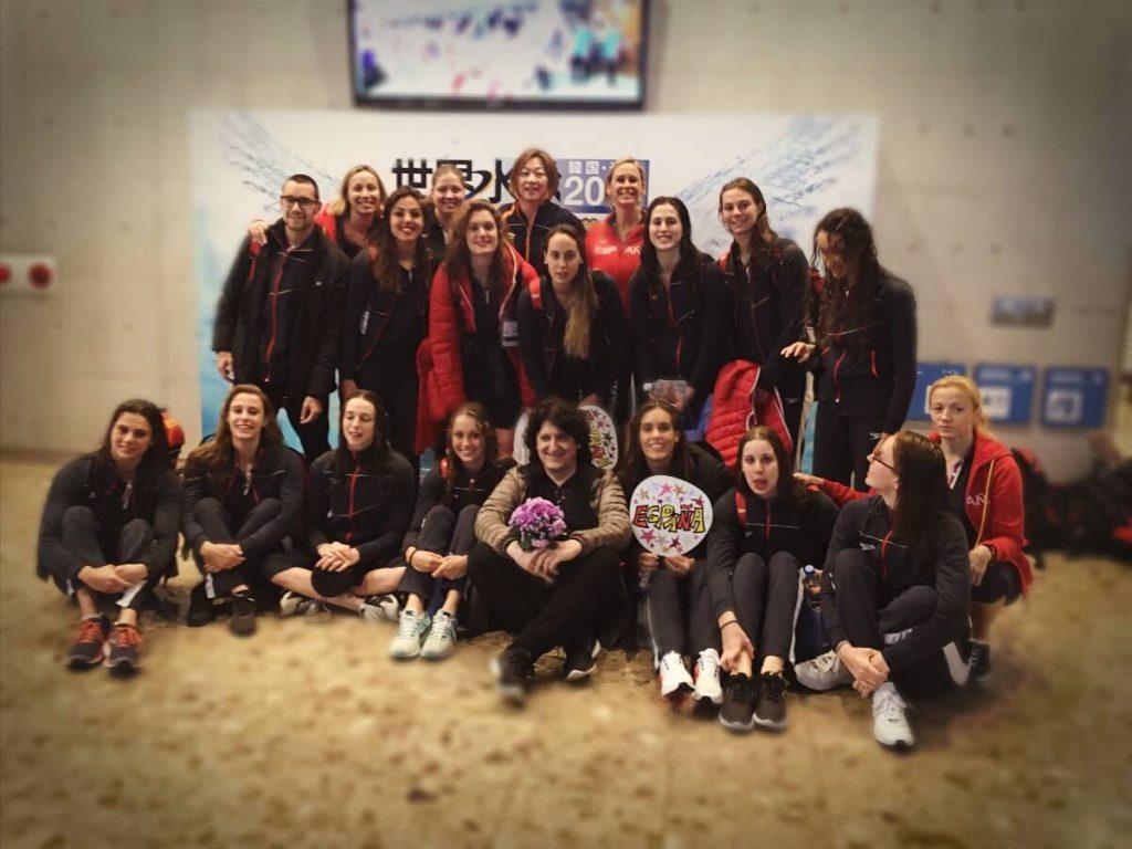 Mayu Fujiki, Cañizares y todo el equipo de Natación Artística
