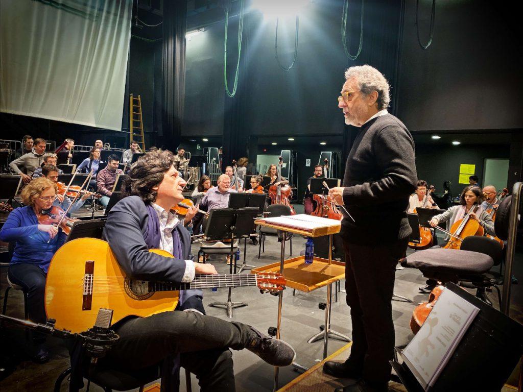 El guitarrista y compositor Canizares y el director Josep Pons